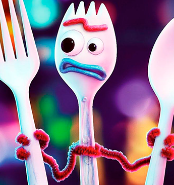 Pelúcia do Garfinho de Toy Story 4 é considerada perigosa